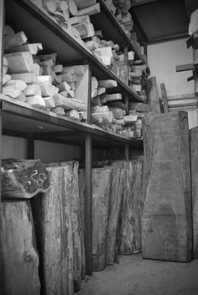 Stock de buis et d'ébène de l'atelier Tudual hervieux